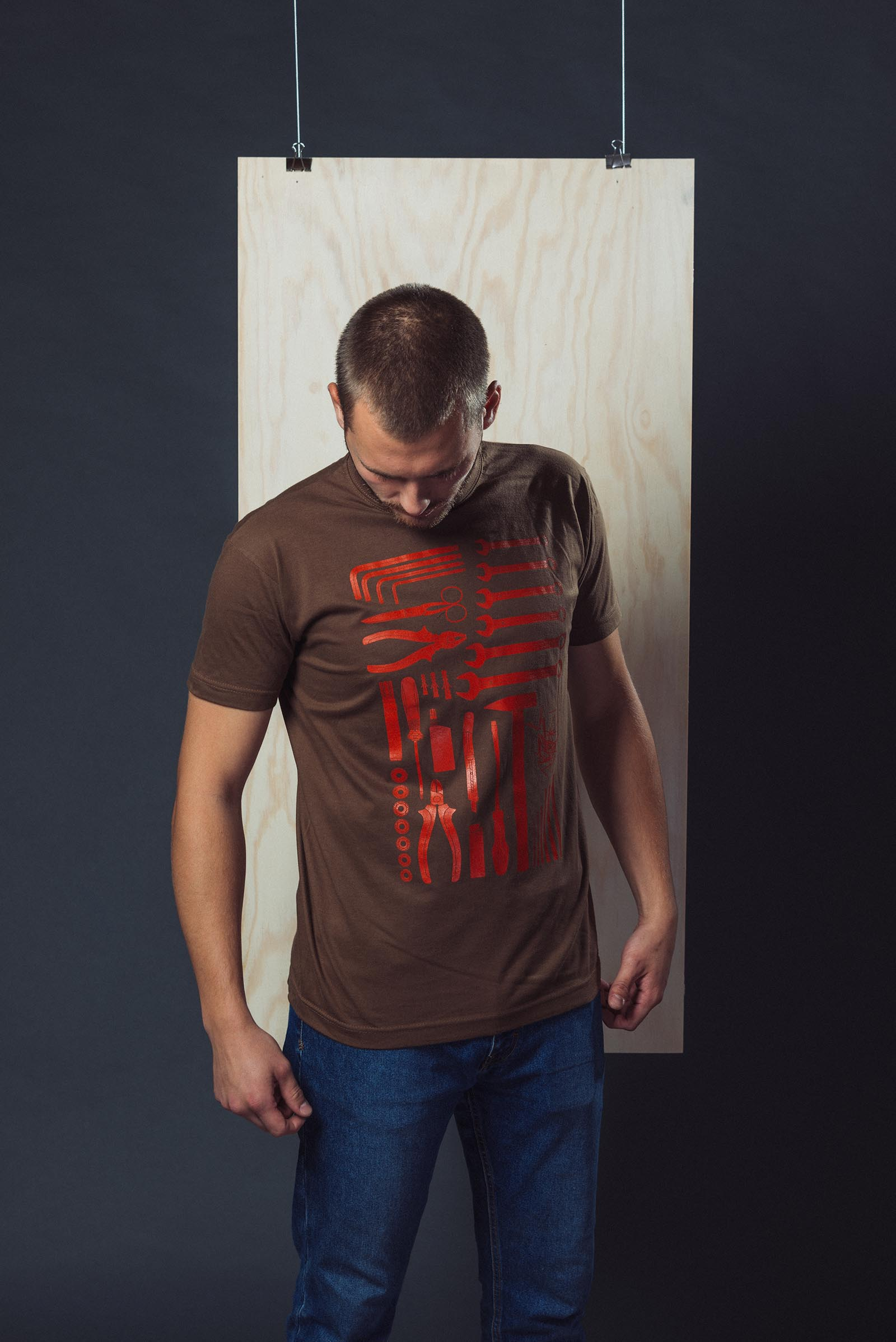 t-shirt for men Handyman brown