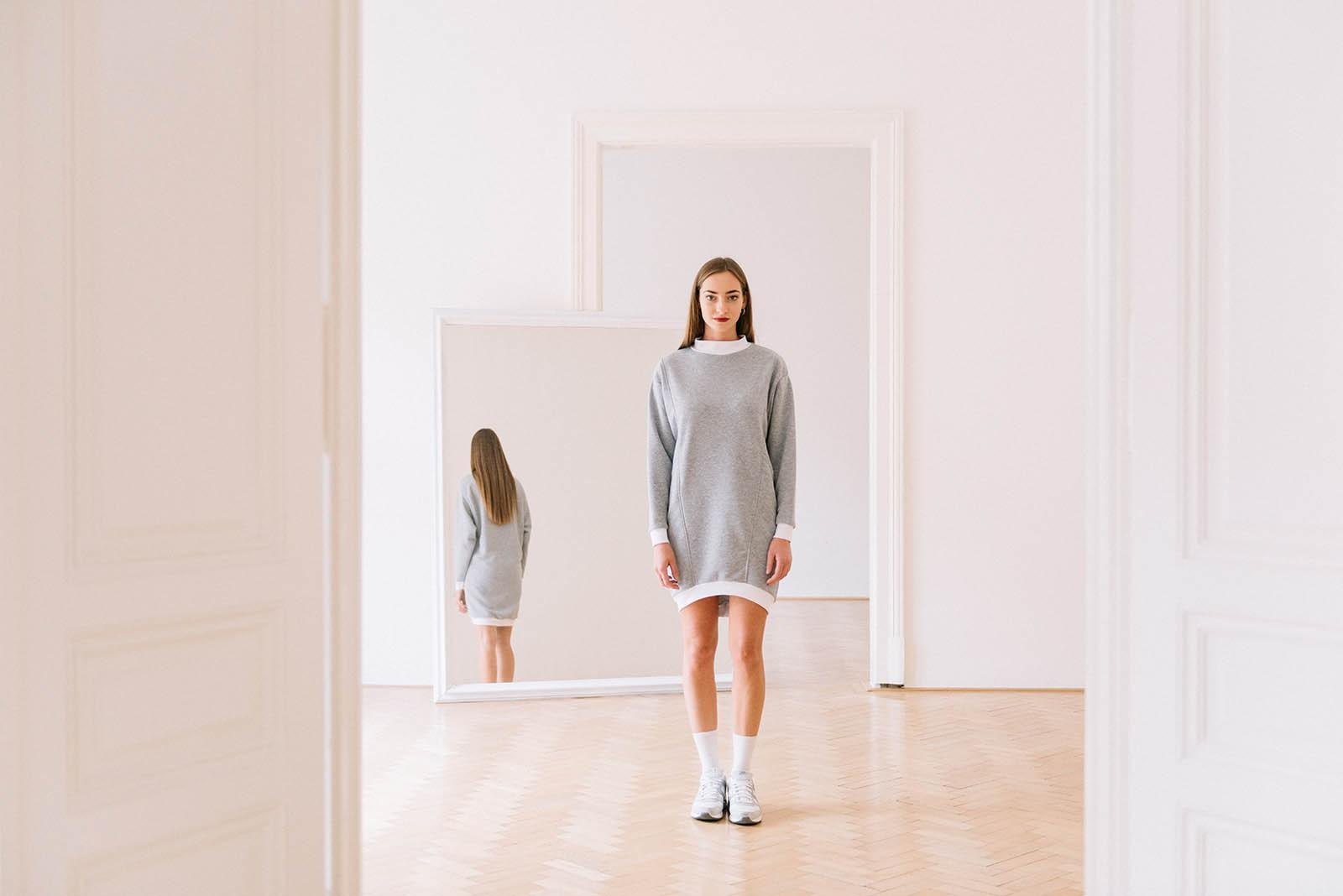 Šaty a sukně Erykah šedá
