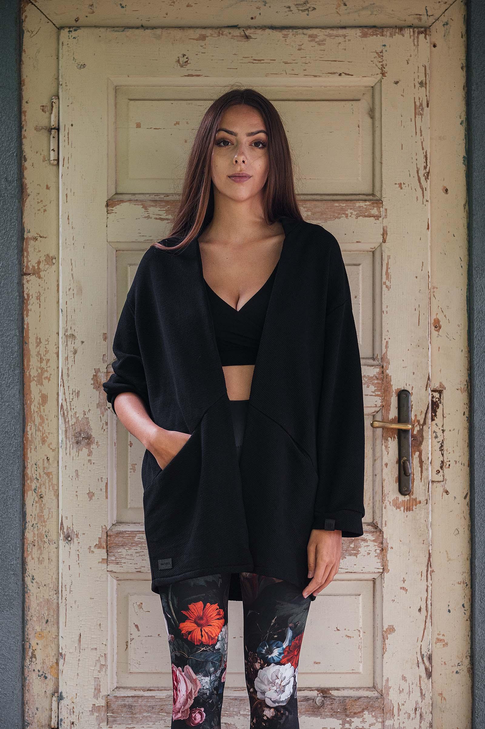 sweatshirt and rollneck Karla black