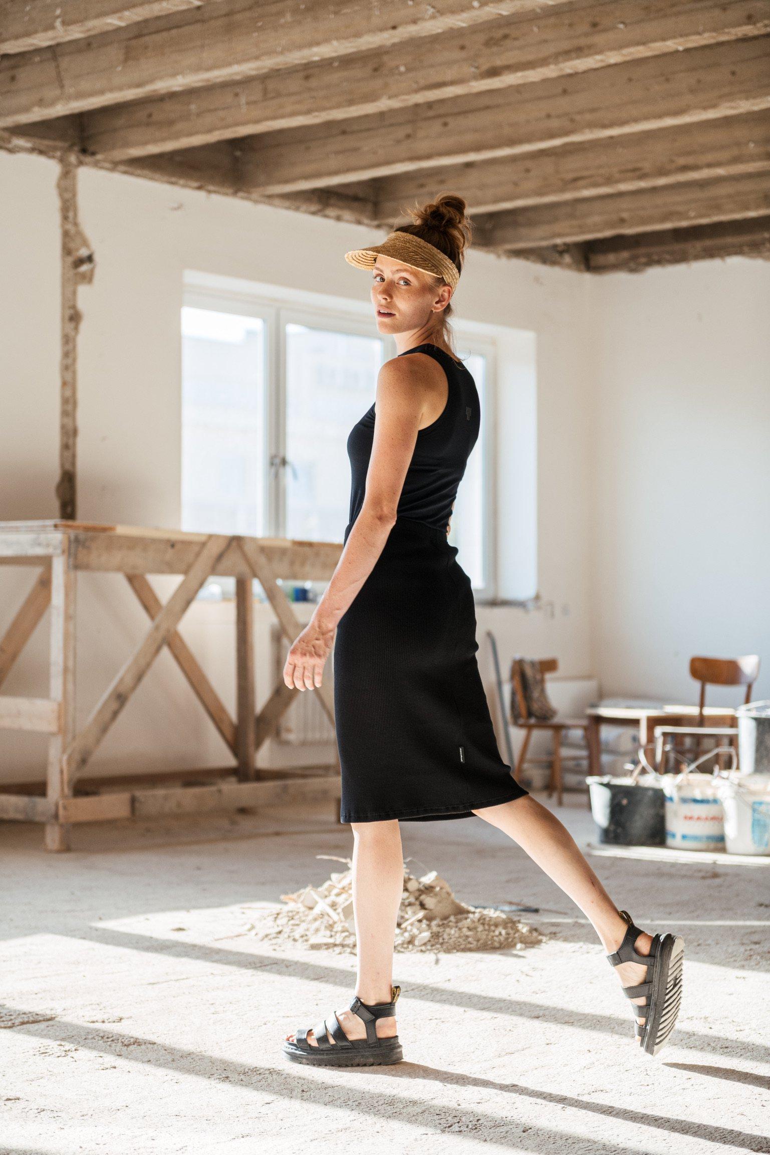 Šaty a sukně Bea Rib černá