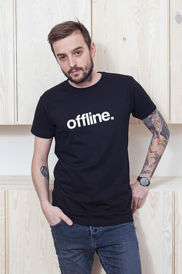 t-shirt for men Status black
