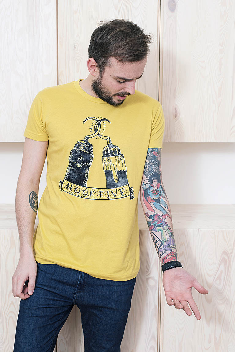 t-shirt for men Hookfive! yellow