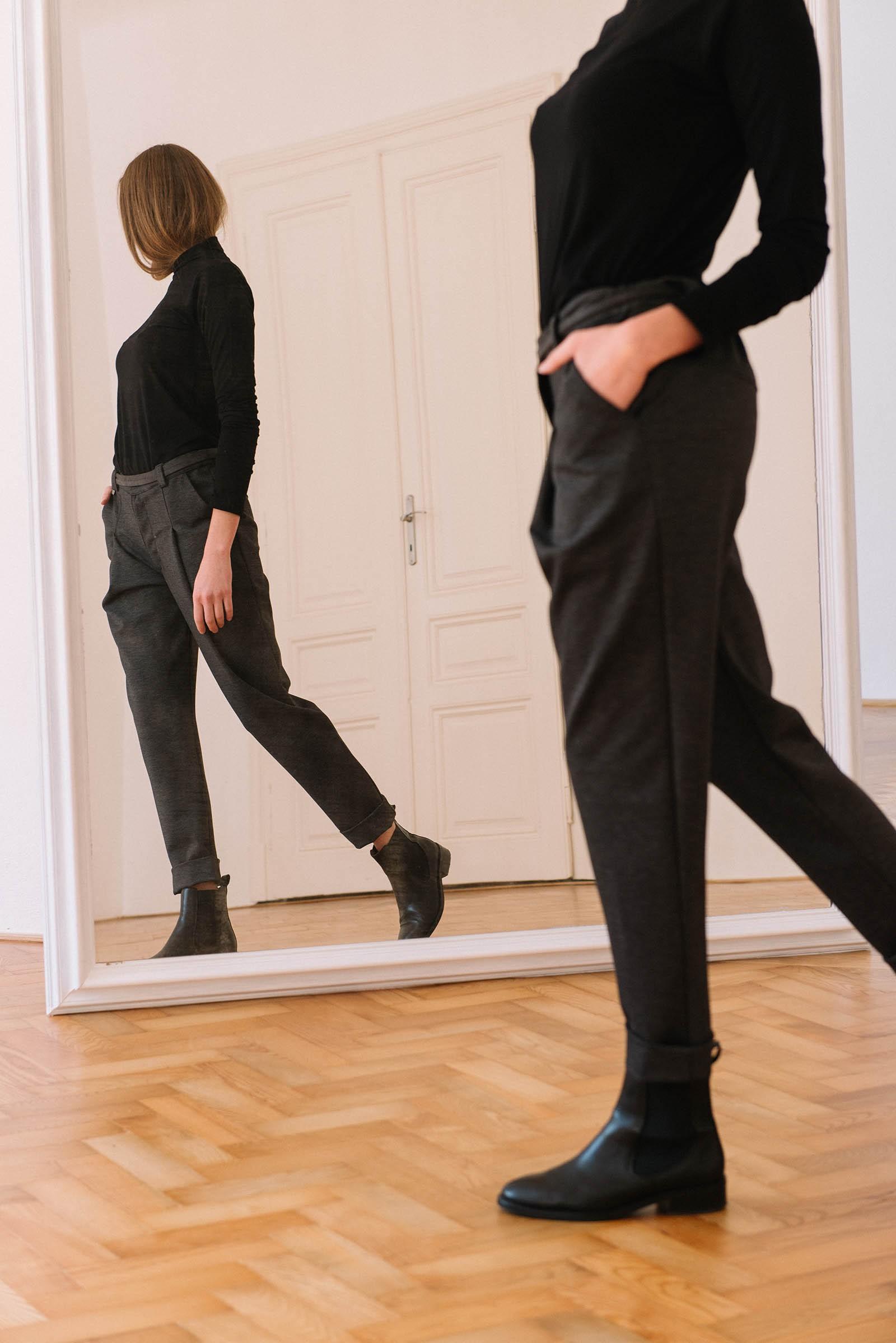 Kalhoty Nora černošedá