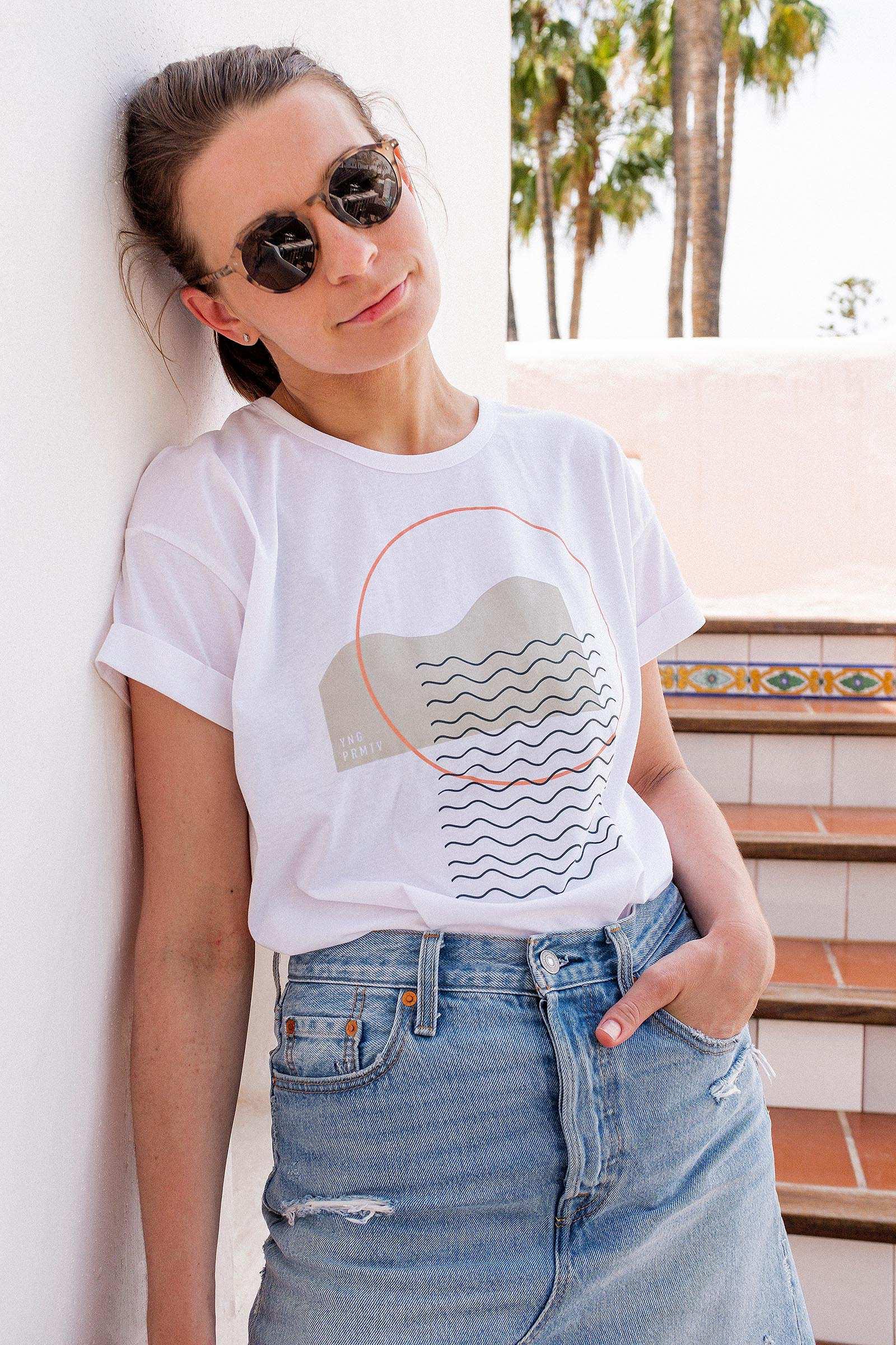 trička a košile Waves bílá