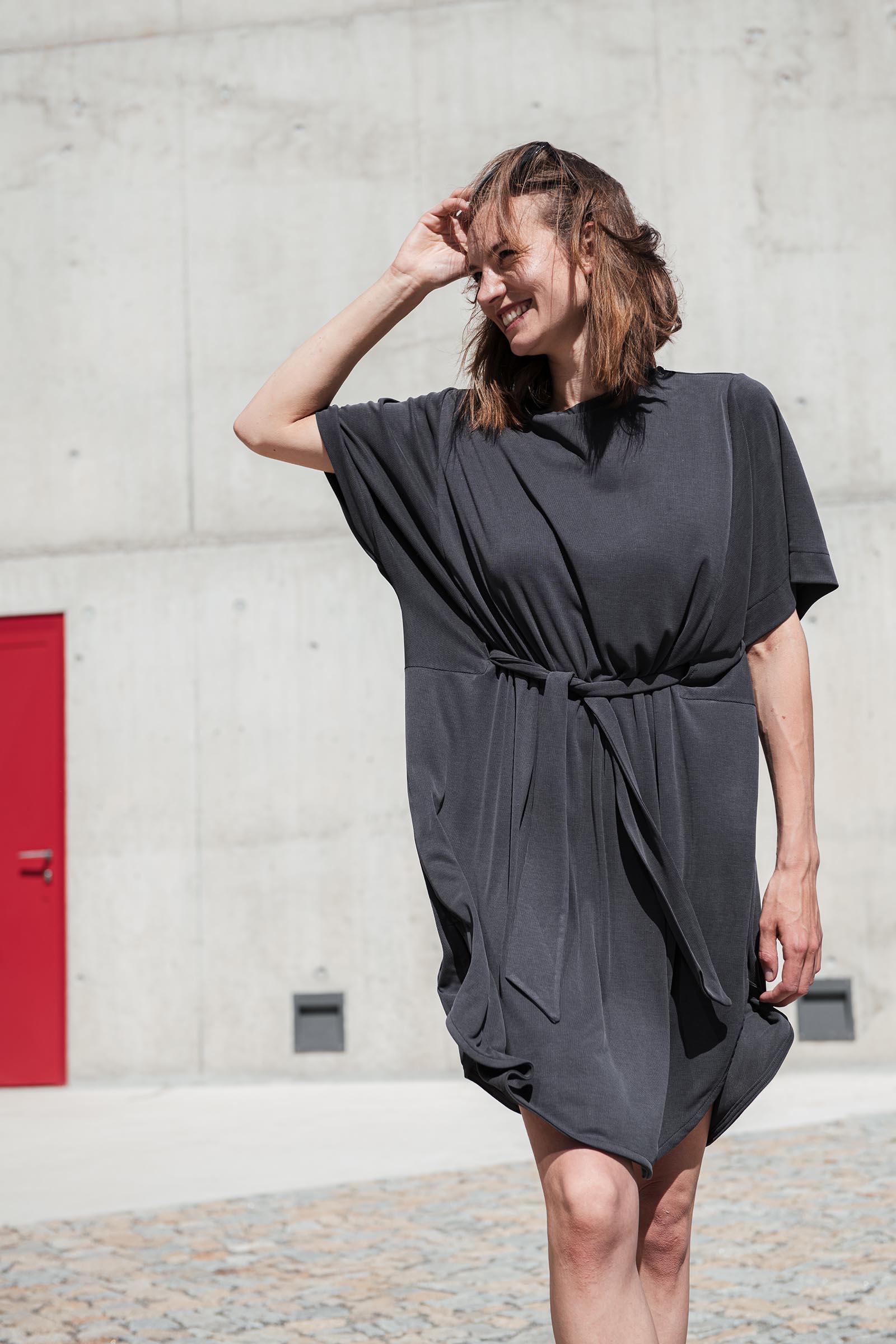 Šaty a sukně Agnes černá