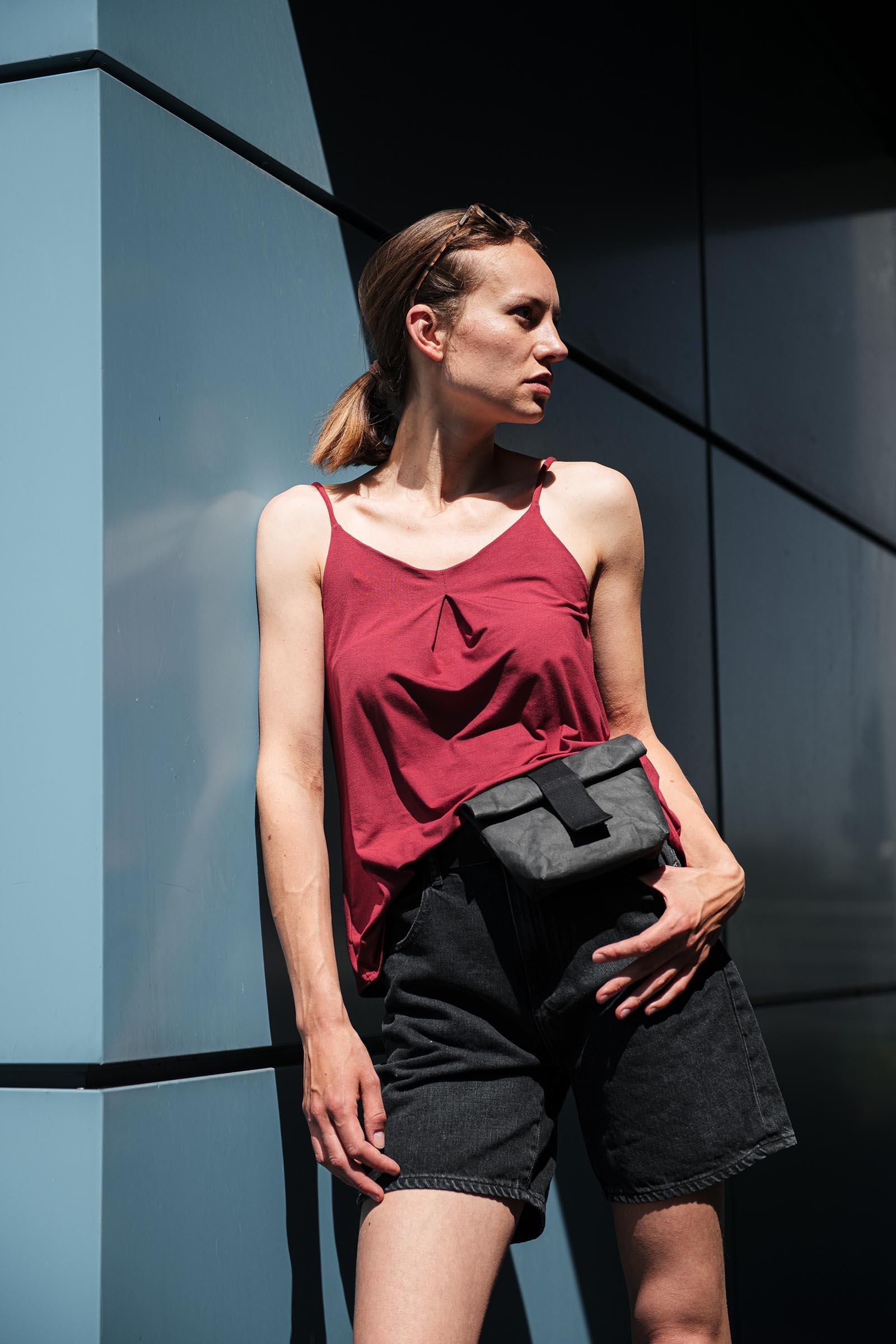 t-shirt and shirt Živa brick red