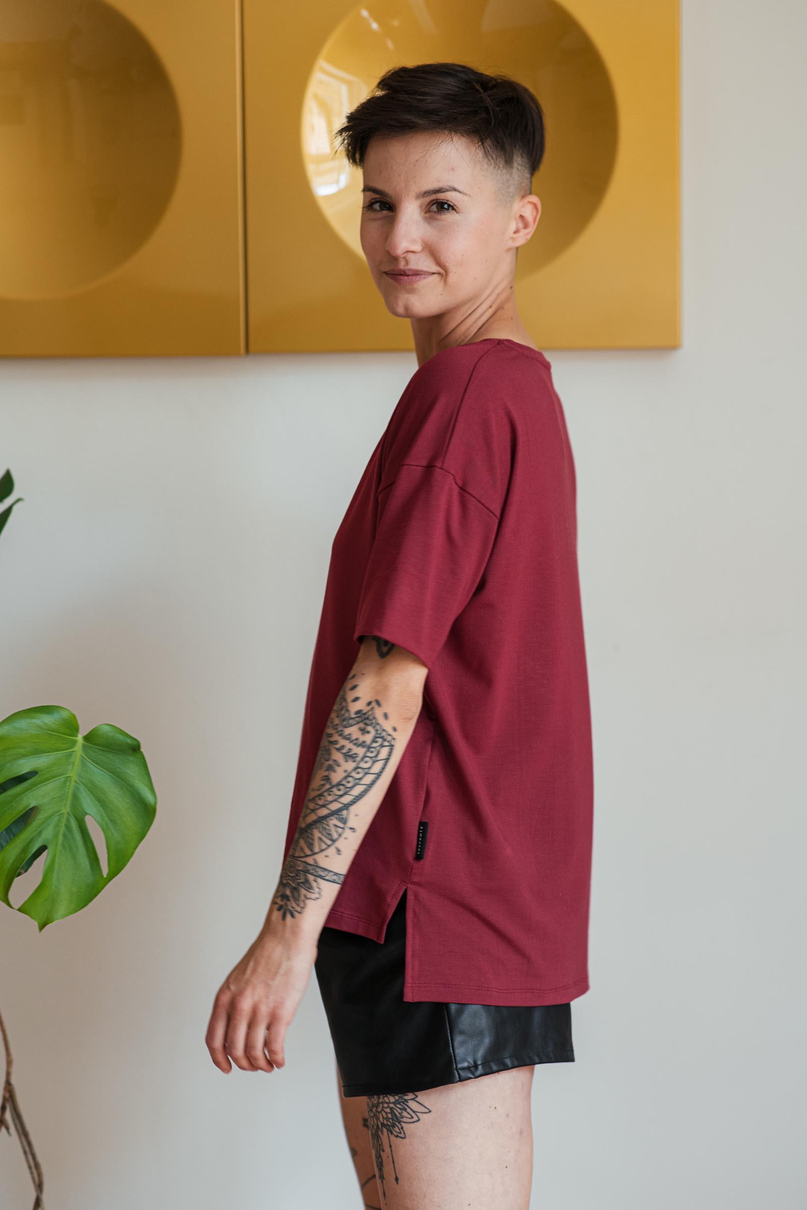 trička a košile Tori cihlově červená