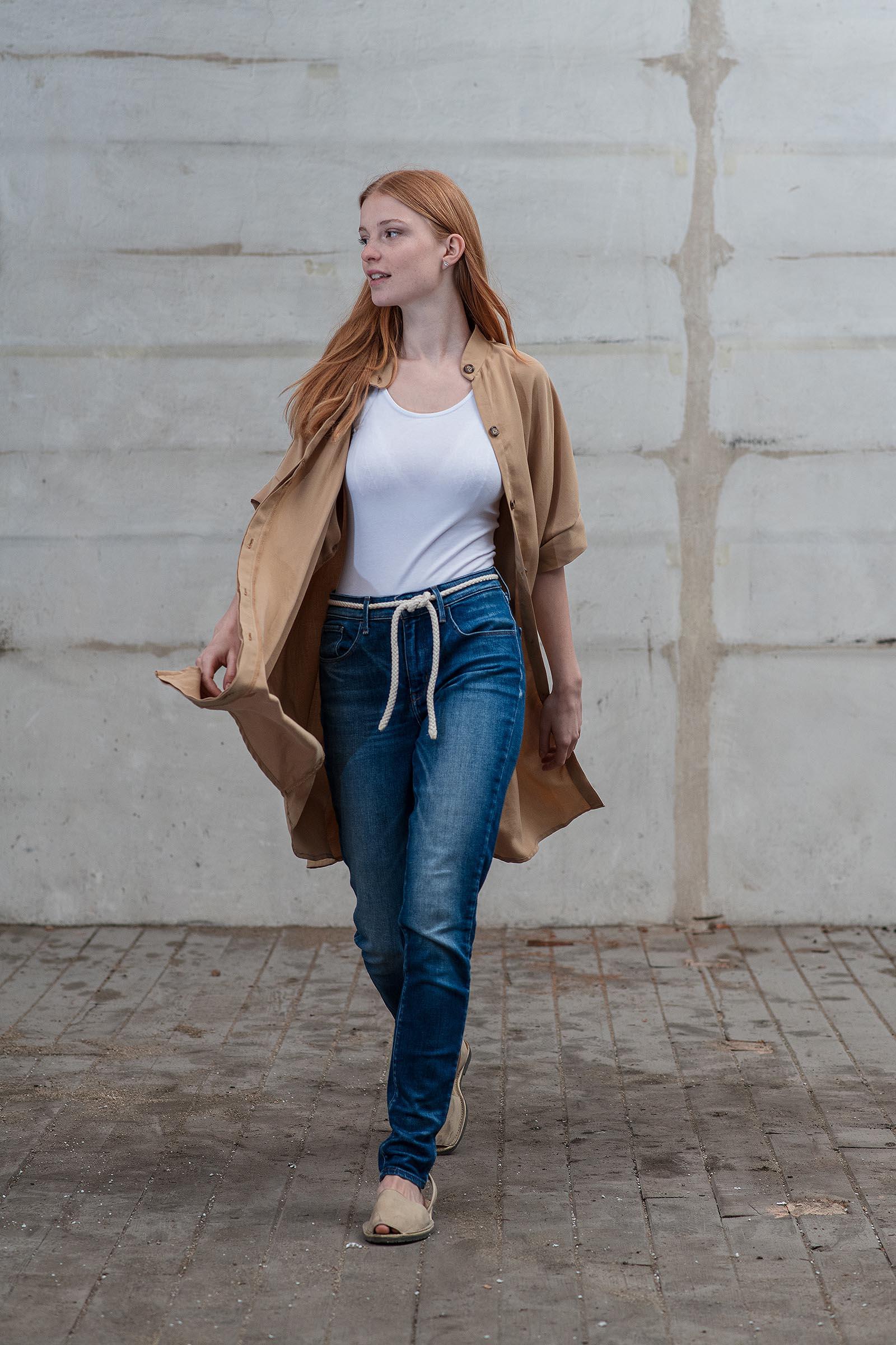 Šaty a sukně Meda camel