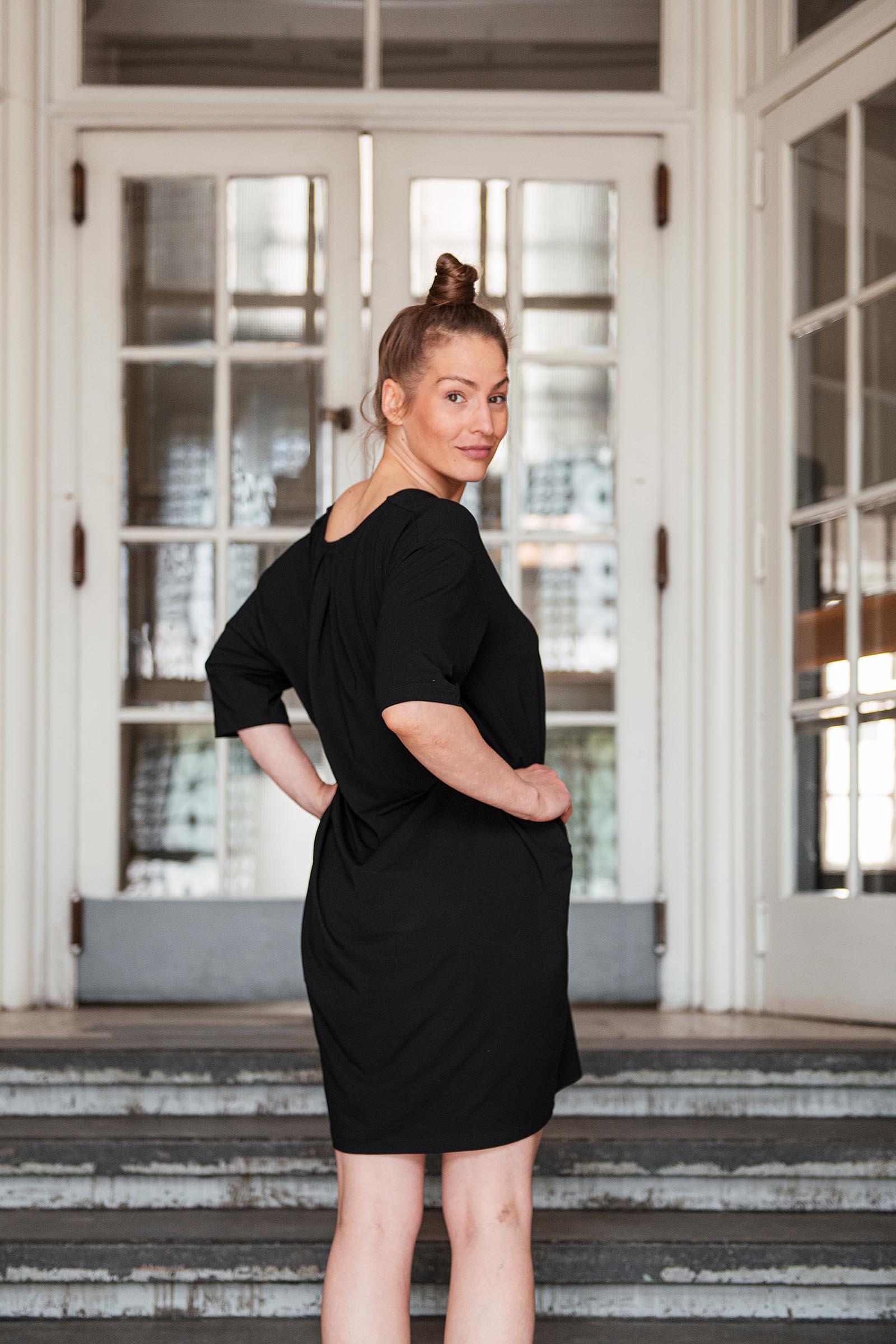 Dresses and skirts Aletta black
