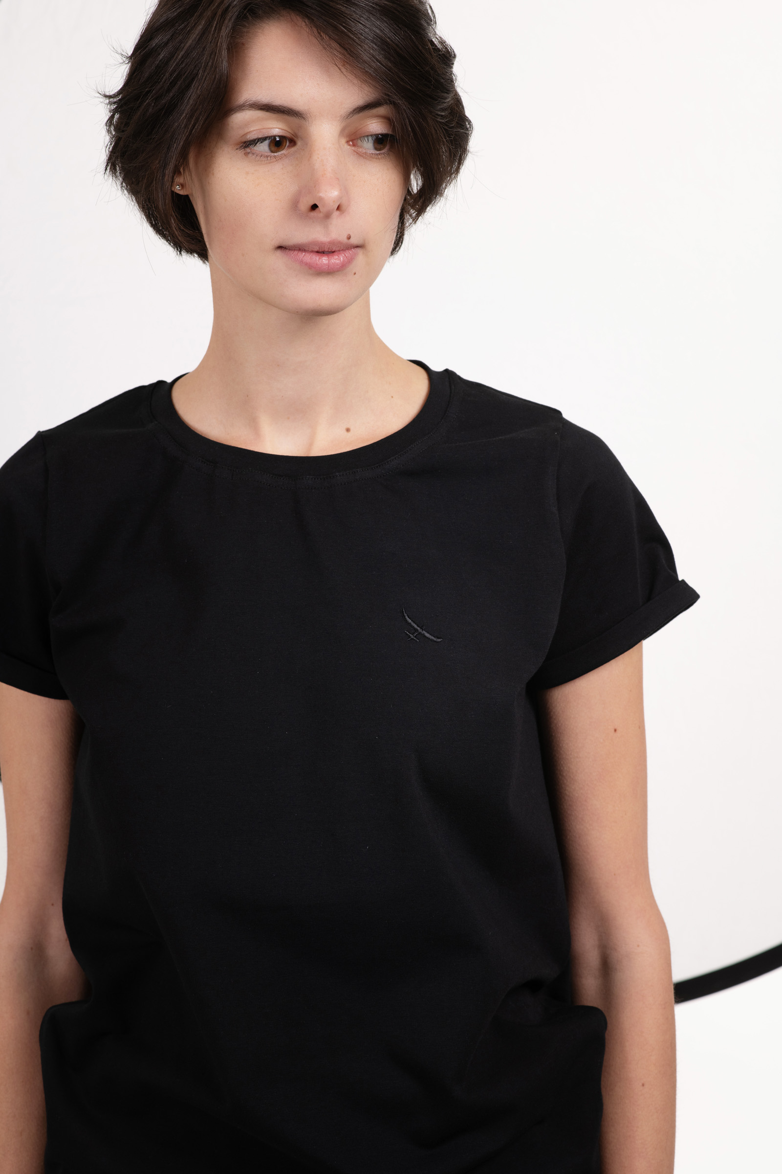 t-shirt for women Thea black