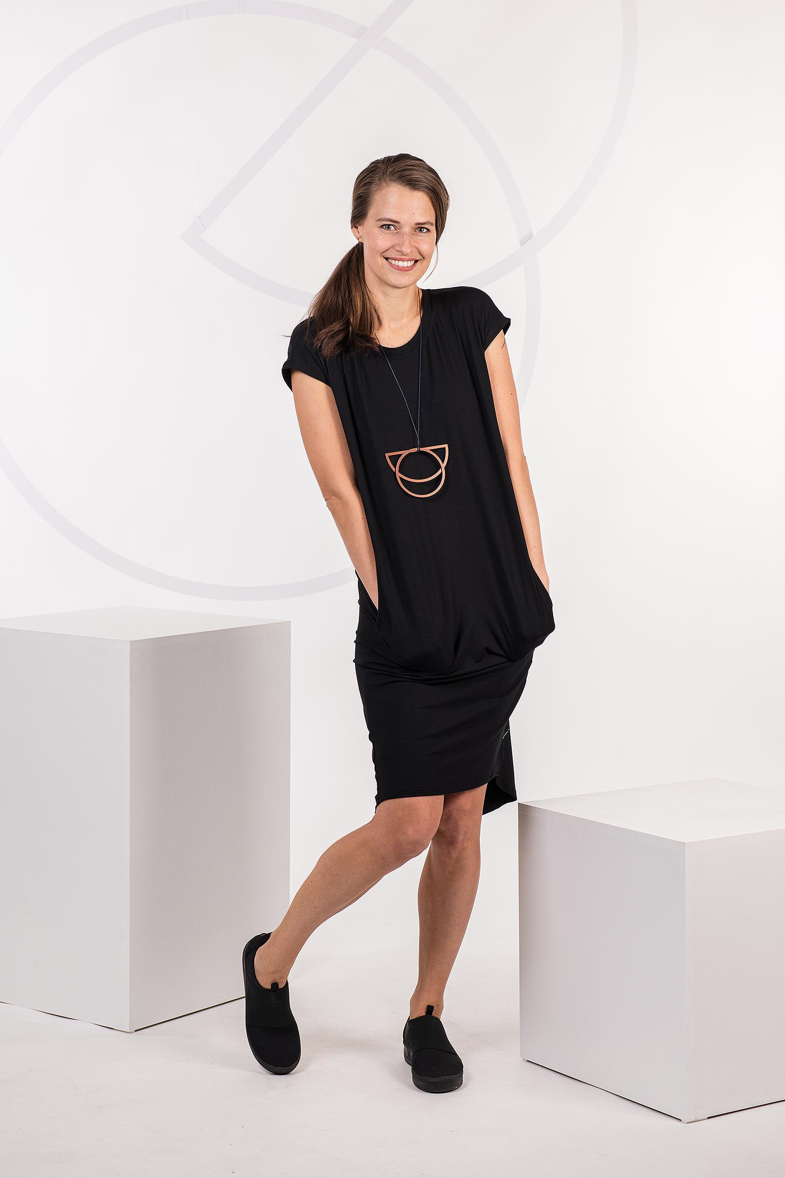 Dresses and skirts Naja 2.0 black