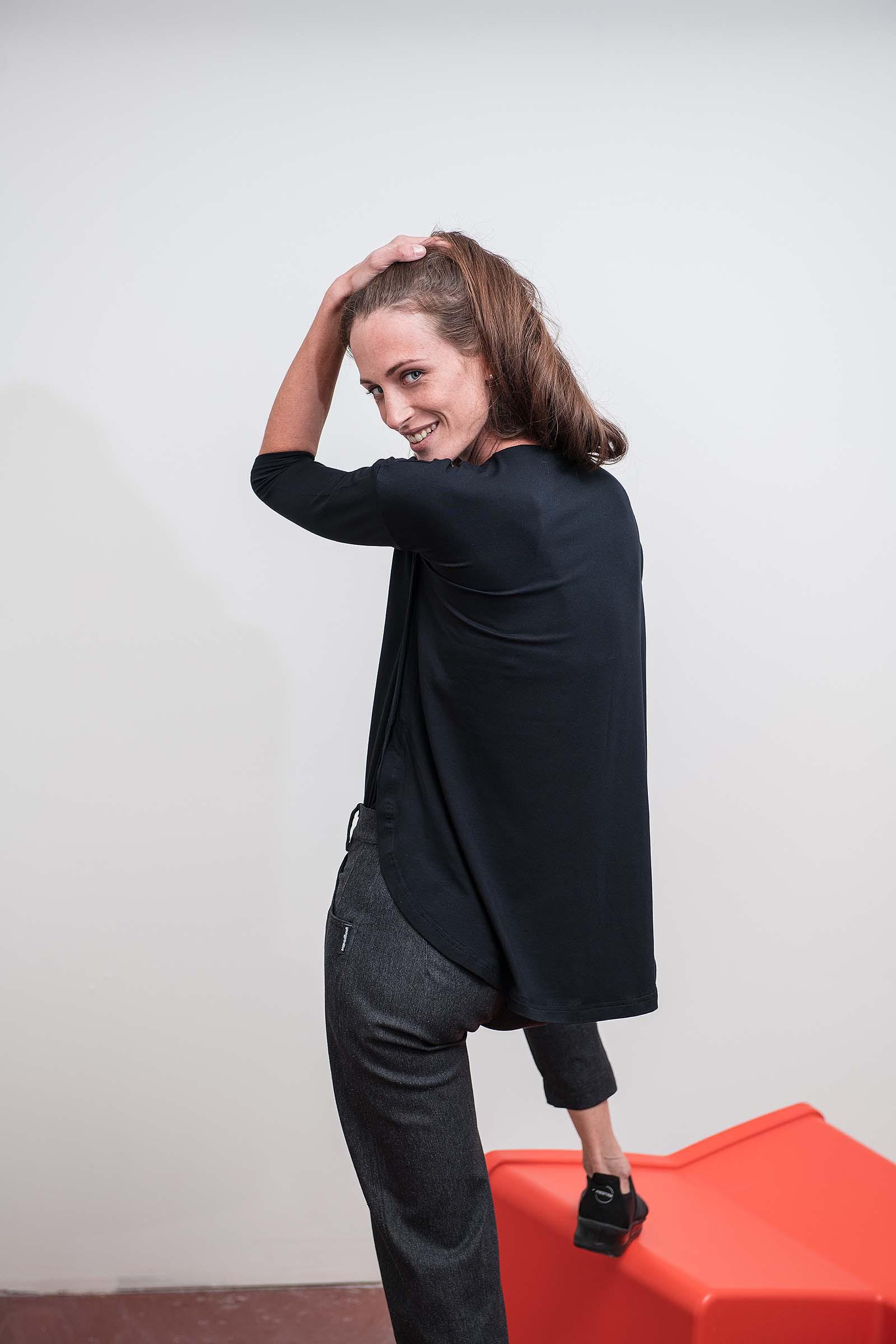 Dámské tričko Sonja černá