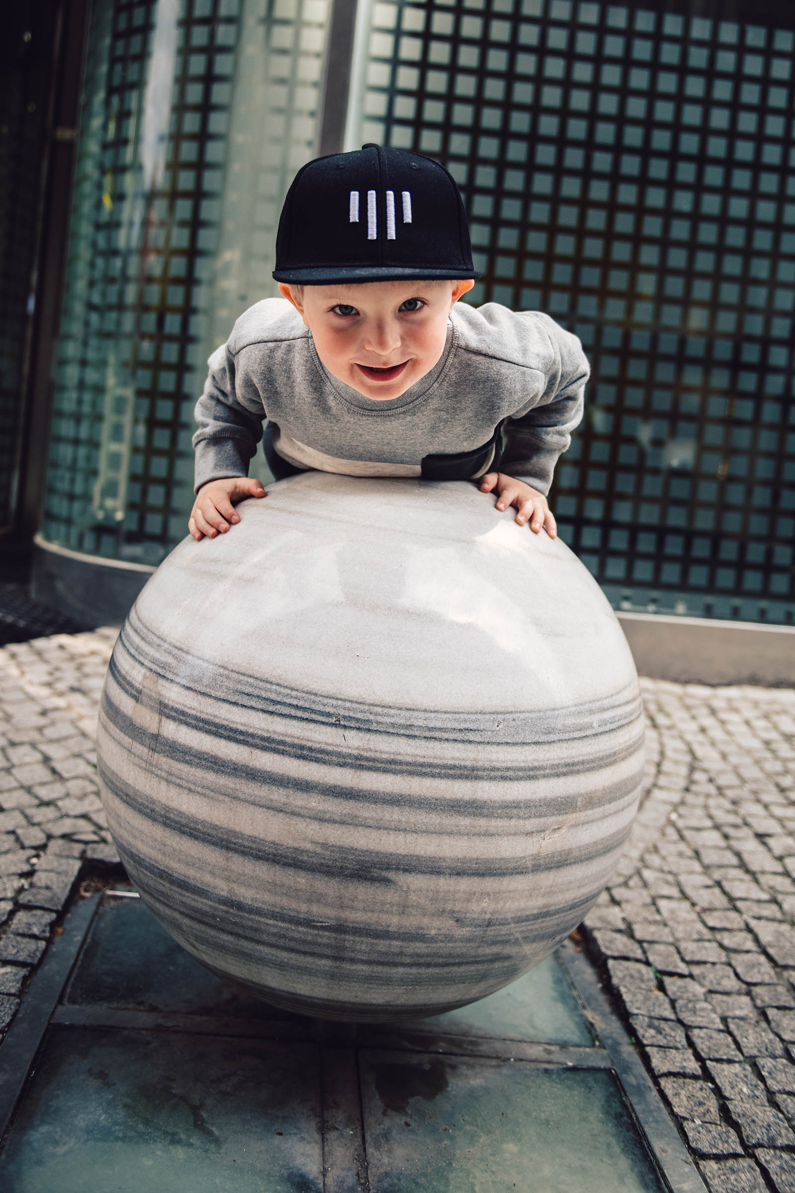 children's outfit Kids snapback black and white