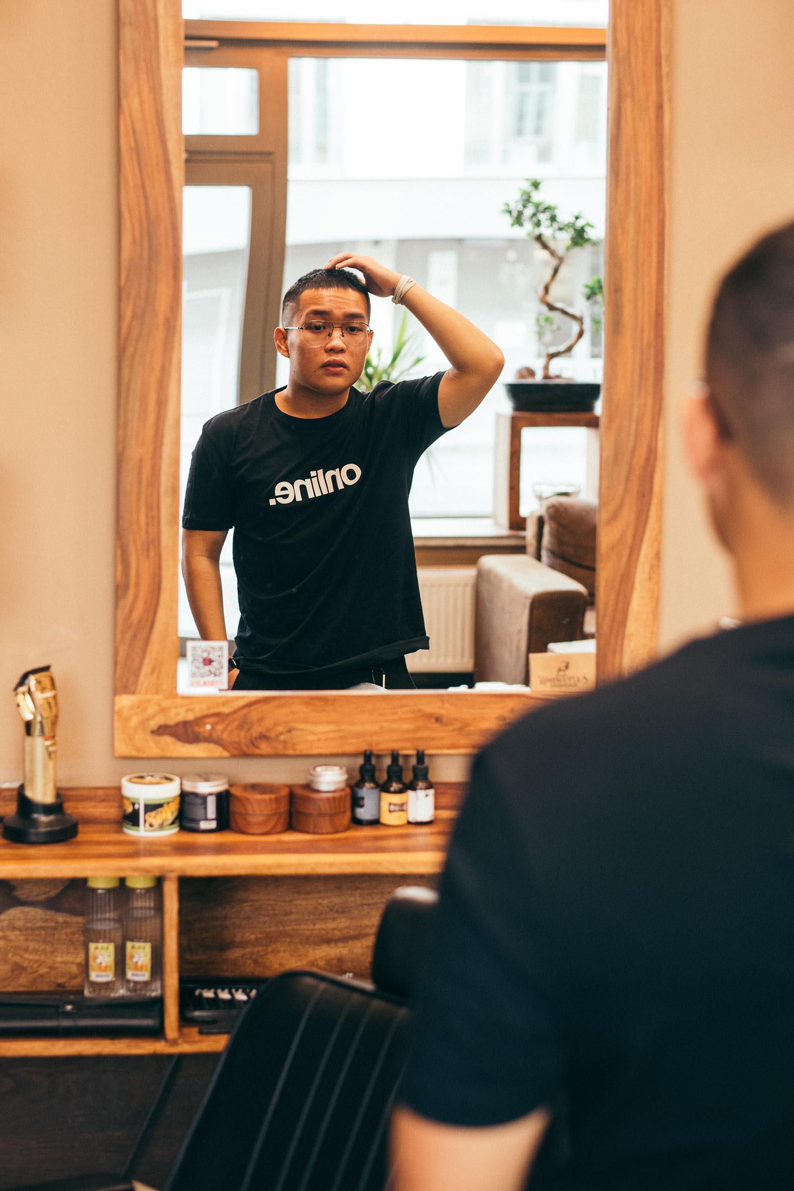 t-shirt for men Online black