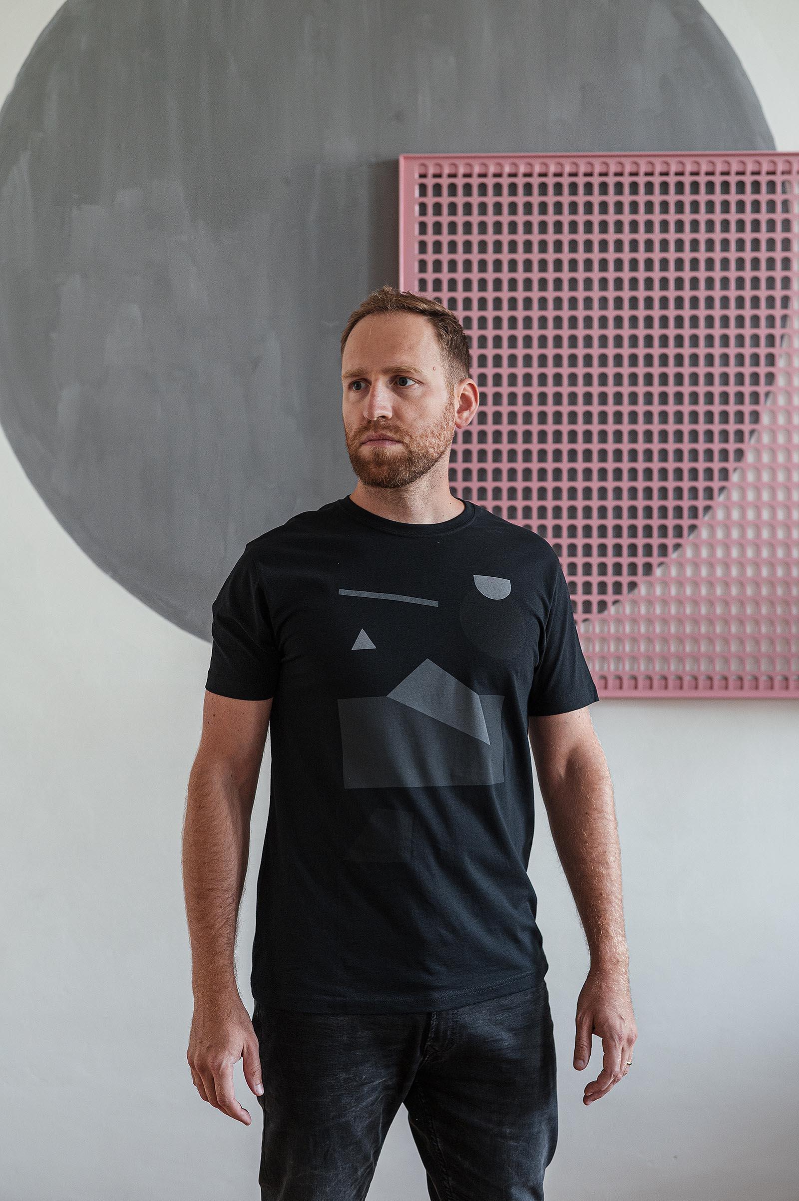 t-shirt Polygon black