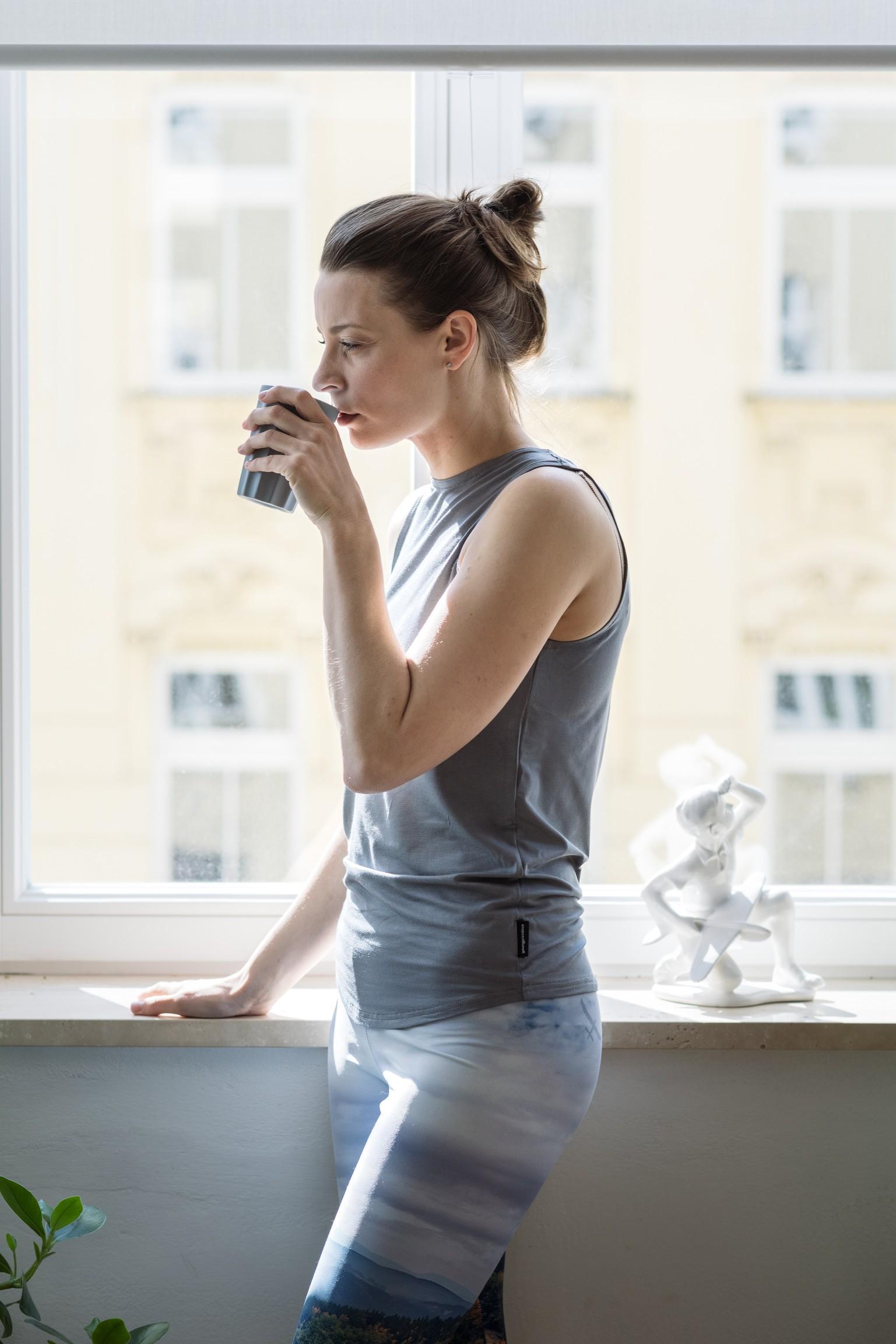 t-shirt and shirt for women Yang grey