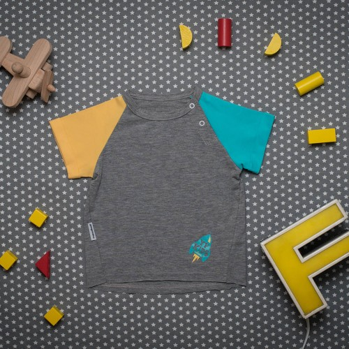 children's outfit Vega