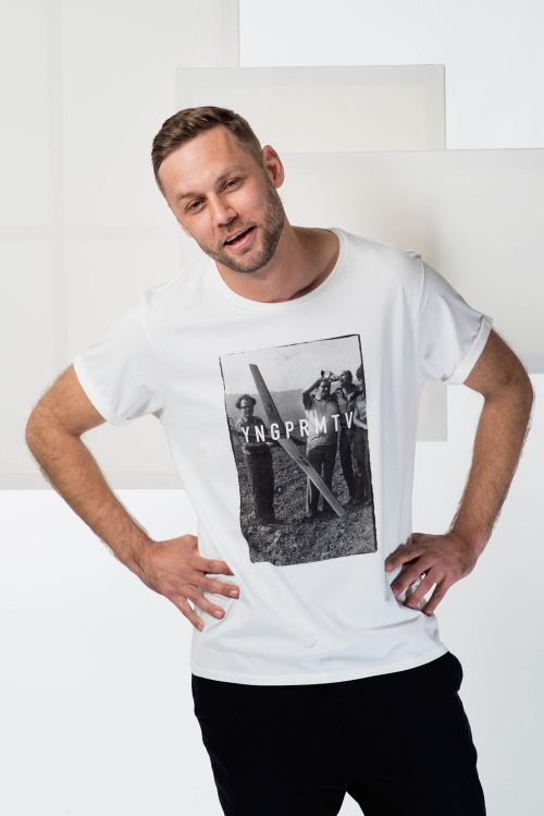 Pánské tričko Be social bílá