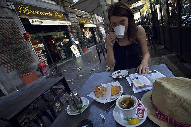 Pohlídku Říma zahajujeme snídaní v sympatické kavárničce