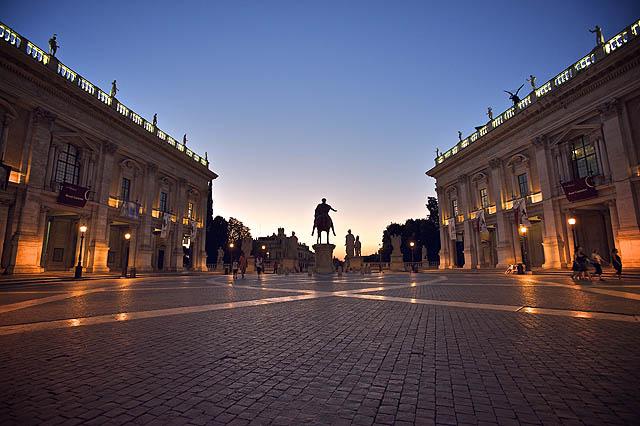 Kapitol - náměstí designované samotným Michelangelem. Hezké místo