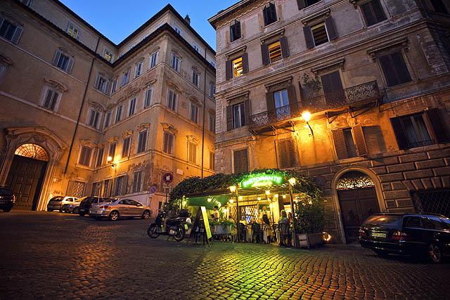 Romantická restauračka