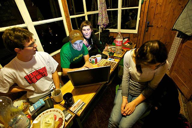 Zpátky na chatě a ladíme ty internety