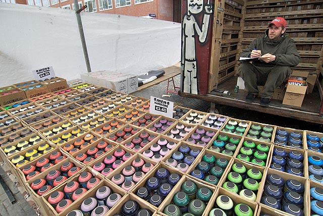 Molotovy koktejly v krásné barevné škále