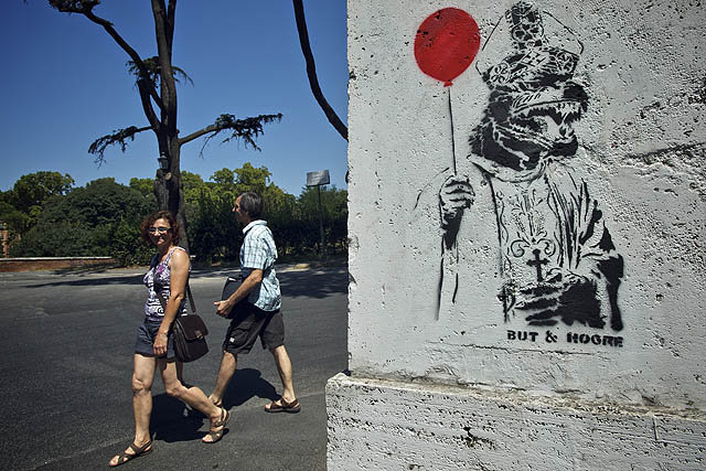 Cestou na kopec jeden povedený streetart